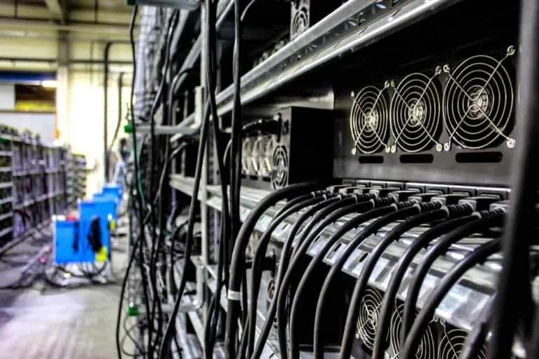 bitcoin bányászat a szuperszámítógépen)